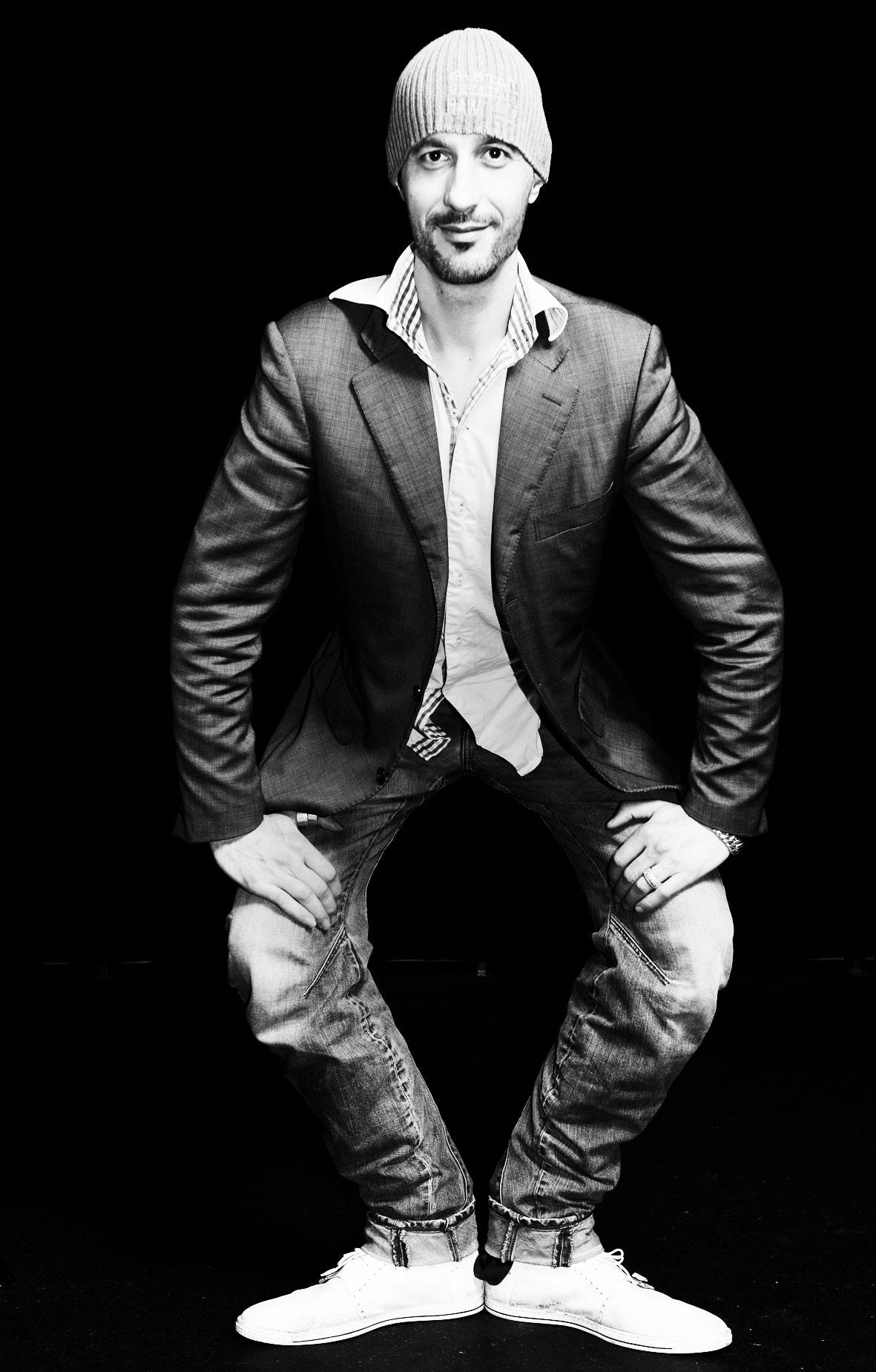 Maarten van Lieshout, Uluru website>2013